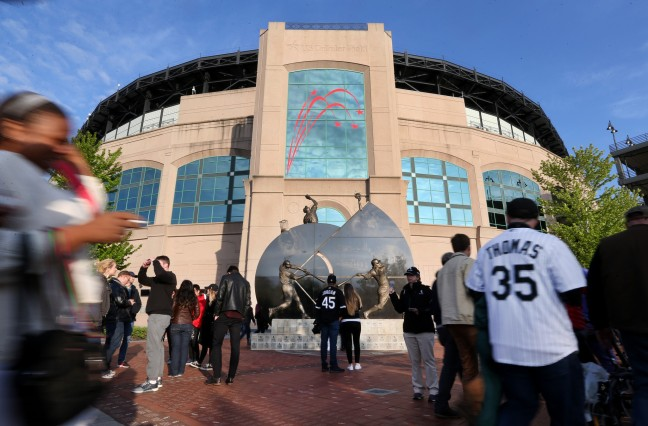 ct-new-comiskey-us-cellular-field-photos-20160-007